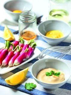 Mayonnaise maison : Recette de Mayonnaise maison - Marmiton (Fait avec de la moutarde au balsamique et de la moutarde à l'ancienne : juste excellente !!!)