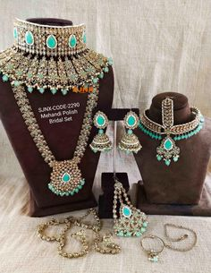 Indian Bridal Jewelry Sets, Indian Jewelry Earrings, Bridal Bangles, Fancy Jewellery, Bridal Jewellery, Bridal Earrings, Moissanite Earrings, Cartier Bracelet, Set Design