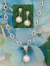 Pearls & Crystals Wedding Jewlery   Bridal Jewelry Set with Pearl Drop - 2-be-unique.com