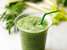 The Healthiest Smoothies Of All Time: Kale-Apple Smoothie http://www.prevention.com/food/healthy-recipes/11-healthy-smoothie-recipes?s=6&?cm_mmc=Facebook-_-Rodale-_-Food-_-YouveGottoTrytheLiverLoverSmoothie