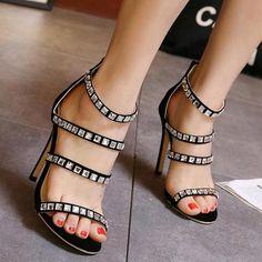 35d983dfa3e2bd 2017 New Summer Sexy Women Sandals Shoes Roman High Heels Female Sandals  Retro Diamond Black shoes