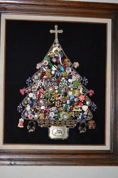 Christmas tree made from old vintage jewelry....best of all made by my Sis....makes it even MORE awesome!!!