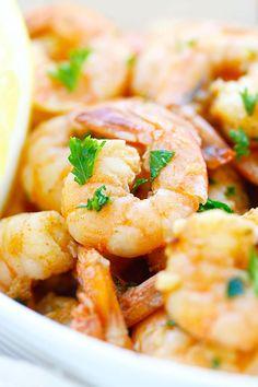 Lemon Garlic Shrimp - easiest and best shrimp recipe with lemon, garlic, butter, & shrimp, ready in 20 mins. Perfect as appetizer or with pasta | rasamalaysia.com | #shrimp