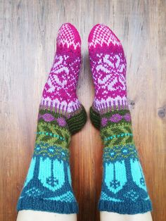Knit 'n Pearl: Fairy Tale Socks