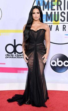 Demi Lovato: 2017 American Music Awards: Best Dressed Stars