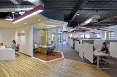 Desk Option - Standing w/in cube Audentes Therapeutics | design Blitz San Francisco
