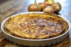 Tarte feuilletée aux oignons Healthy Desserts, Easy Healthy Recipes, Baby Food Recipes, Healthy Dinners For Two, Easy Meals, Dessert In A Mug, Healthy People 2020 Goals, Food Videos, Kids Meals