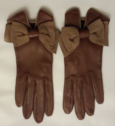 Hey, I found this really awesome Etsy listing at https://www.etsy.com/listing/188770379/vintage-hermes-brown-leather-gloves