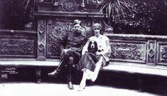 Destinul tragic al unei Regine: Elena de România Greek Royalty, Romania, Descendants, Darth Vader, Edinburgh, Fictional Characters, Home, Historia, Shelf