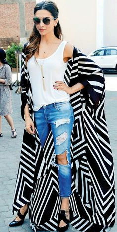 16 Bold Deepika Padukone Looks That Will Inspire You to Take a Fashion Risk or Two Look Kimono, Style Kimono, Kimono Outfit, Abaya Fashion, Kimono Fashion, Gothic Fashion, Stylish Outfits, Cute Outfits, Fashion Outfits