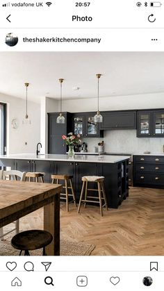 39 Ideas Garden Design Large Kitchen Extensions For 2019 Kitchen Family Rooms, Living Room Kitchen, Home Decor Kitchen, Home Kitchens, Open Plan Kitchen Dining Living, Open Plan Kitchen Diner, Home Interior, Interior Design Kitchen, Classic Kitchen