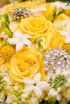 yellow wedding flower bouquet, bridal bouquet, wedding flowers, add pic source on comment and we will update it. can create this beautiful wedding flower Arrangement Yellow Wedding Flowers, Flower Bouquet Wedding, Yellow Flowers, Wedding Coral, Bling Bouquet, Floral Garland, Festival Wedding, Mellow Yellow, Amazing Flowers