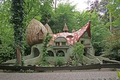 A house with seven gnomes in De Efteling