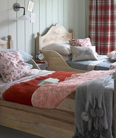 Cosy bedroom ideas for a restful retreat ideal home cozy chair decoration Bedroom Decor Design, Cozy Bedroom Diy, Cozy Bedroom Warm, Home Bedroom, Awesome Bedrooms, Room Decor, Woman Bedroom, Bedroom Colors, Kid Room Decor