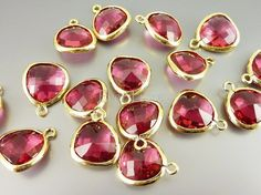 5031GRU 2 pcs Ruby / Gold Faceted Glass pendants by EverLuxe, $5.44