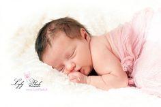 Newborn baby Dort bébé petite princesse