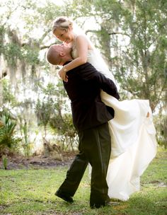 Lowcountry wedding photography. Bluffton's Best Wedding Photographer 2012  2013. Casually finding my wedding photos on Pinterest