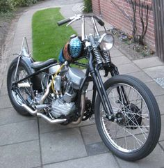 Photo of 1948 Harley EL Panhead Oldschool Bobber Motorcycle by Maurice.