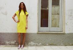 ART C002  Abito in Jersey - Linea semidritta - Portato con cappuccio o senza -Disponibile In tutte le taglie Colori disponibili: Giallo - Rosso - Verde - Azzurro - Nero  #LauraVitulano #LV #Summer #SS2015  #ForHer #MadeInNaples #StreetFashion #FollowMe #FashionDesigner #NewBrand #Style #Colors