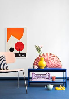 Sådan får du forårets farver ind i boligen - ALT. Minimalist House Design, Minimalist Home, Retro Home, Modern Retro, Modern Bohemian Decor, Colourful Living Room, Colorful Wall Art, Arte Pop, Home Decor Inspiration