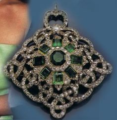 The Emerald Brooch with Diamonds of the House Thurn and Taxis