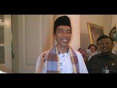 Gaya Khas Guyonan Jokowi Paling Lucu