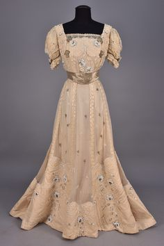 JEANNE HALLEE PARIS BEADED SILK EVENING DRESS, c. 1905.