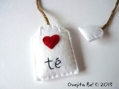 Tea bag felt bookmark  Little heart by ovejitabe on Etsy, €6.00
