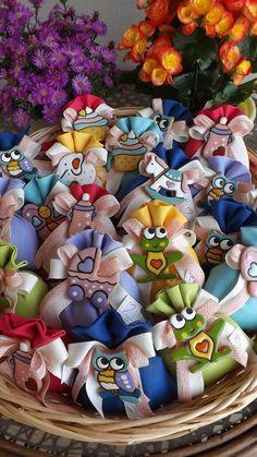Allegre e coloratissime bomboniere per il Battesimo.