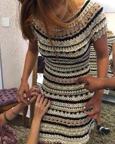 """NEW IN ON DEMAND ❤️❤️ Crochet + Leather - Perfect Match  // Novidade - Crochet + Couro - Combinação perfeita!  #vanessamontoro #vanessamontorostyle…"""
