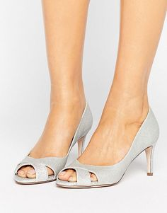 Browse online for the newest ASOS SAGE Mid Heels styles. Shop easier with ASOS' multiple payments and return options (Ts&Cs apply). Peep Toe Heels, High Heels, Shoes Heels, Silver Sandals, Silver Heels, Asos, Cheap Boutique Clothing, Golf Clothing, Discount Womens Clothing