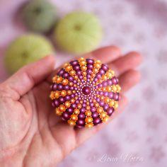 Dot Mandala, dot art, woodpebble, sea urchin, glow in the dark detail by Liona Hotta #etsy #mandala #stonemandala #dottingart #stoneart #dotmandala #dotting
