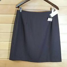 NWT Brown skirt NWT brown skirt. Fully lined. Hiden zipper. Ilyse Hart Ltd Skirts