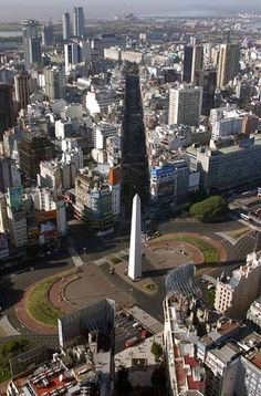 obelisk on of July avenue, Buenos Aires Beautiful Sites, Beautiful Places, Beautiful Pictures, Oh The Places You'll Go, Places To Visit, Argentina Travel, South America Travel, Chile, Southern Cone