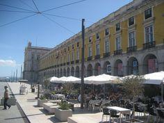 Praça do Comércio, Lisboa, Portugal.  Photo by NuCeu