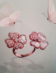 Van Cleef & Arpels Haute Joaillerie   Between the Finger Ring   Graceful   Cosmos   Diamonds, mother of pearl & pink gold