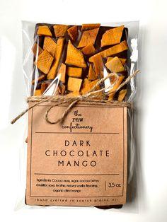 Homemade Chocolate Bars, Chocolate Bark, Chocolate Shop, Easter Chocolate, Christmas Chocolate, Cookie Packaging, Handmade Chocolates, Festa Party, Vegetarian