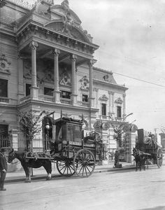 Very Vintage Buenos Aires, Montevideo, Good Old Times, Argentina Travel, South America, Night Life, Big Ben, Vintage Photos, Vacation, World
