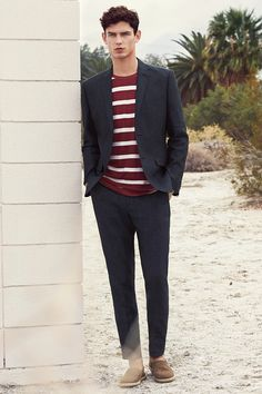 For a casual, elegant look that lasts across seasons, choose soft tailoring and neutral colors that can be layered for a classic silhouette. | H&M For Men