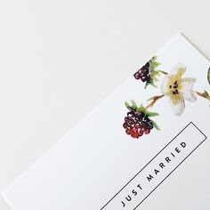 Wedding invitation with handmade watercolor blackberries.     #myFLYERALARM #successstories #print #printing #worldofprint #freshlyprinted  #pictureoftheday #instaoftheday #flyer #volantini #postcards #greetingcards #invitations #design #graphicdesign #grafikdesign #gestaltung #lovemadepaper #watercolor #drawing #invitation #weddinginvitation #weddingdesign #weddingseason #weddinginspiration #papeterie #weddingblogger