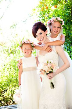 DIY: Guirlanda de flores de tecido para damas de honra