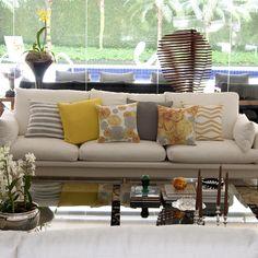 Almofadas Amarelo e Cinza para iluminar a decoração! Shop online!!