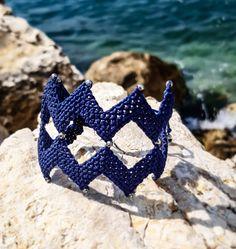 Zig Zag BlueMacrame bracelet with beads,Handwoven Cuff ,Black Beaded Macrame Bracelet,Handknotted Wristband,Boho Jewelry,Beaded bracelet Macrame Bracelet Patterns, Macrame Bracelets, Boho Jewelry, Beaded Jewelry, Sliding Knot, Macrame Knots, Simple Outfits, Zig Zag, Hand Weaving
