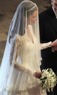 The veil is beautiful. I love the lace on the edges. Long Wedding Dresses, Wedding Dress Veil, Wedding Tiara Veil, Bridal Hair Tiara, Bride Veil, Kate Wedding Dress, Royal Wedding 2011, Royal Wedding Gowns, Royal Weddings
