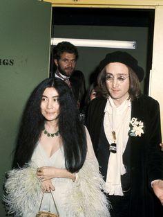 Yoko Ono et John Lennon (1975)