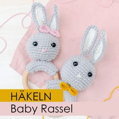Baby gift: crochet rattle A rabbit rattle is a great DIY gift for birth or for the babyshower. With my video instructions you baby crochet diyart diyfashion diyslime diyvideos diywedding diywohnen Gift homedecorideas homedecoronabudget rattle Crochet Baby Toys, Crochet Bunny, Crochet Gifts, Free Crochet, Crochet Patterns Baby, Amigurumi Patterns, Baby Mobile, Diy Gifts For Kids, Baby Rattle