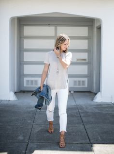 basic outfits with white jeans and tee shirt