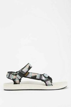 Teva X UO Peaks Original Universal Sandal 394cc3a06b14c