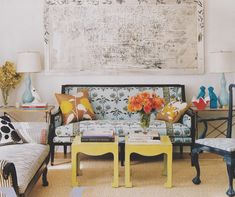 Ivanka Trump's apartment with a winning formula: traditional furniture, modern art, quirky accessories, great lamps