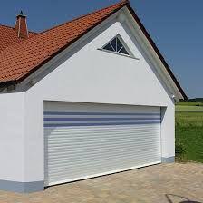 """Résultat de recherche d'images pour """"garage avec grande porte"""" Shed, Images, Garage, Outdoor Structures, Outdoor Decor, Home Decor, Gardens, Big Doors, Searching"""